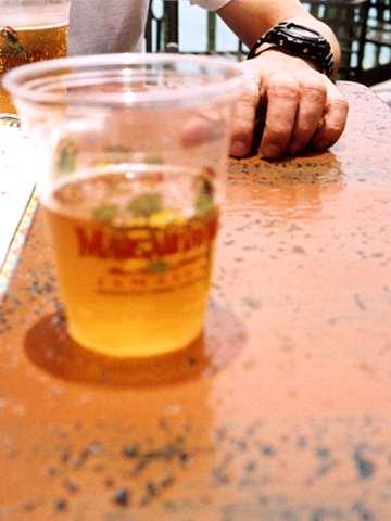 ビールと腕時計
