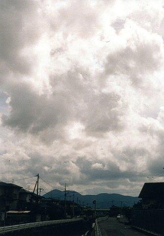 雲と金峰山